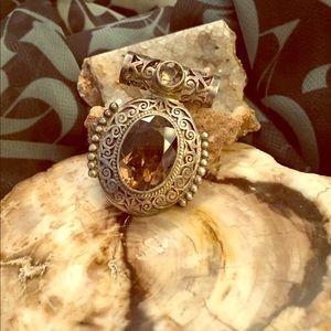 Jewelry - Smoky quartz pendant.